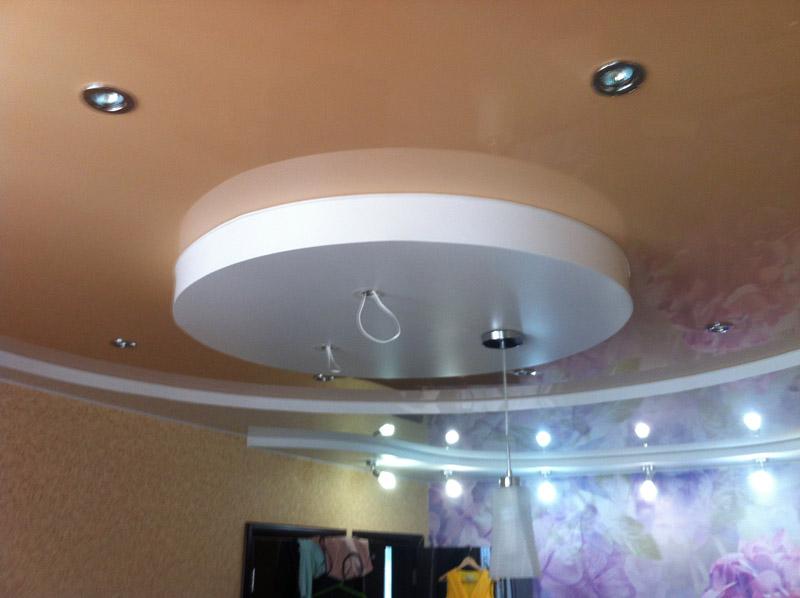 натяжные потолки трехуровневые круг фото вариант